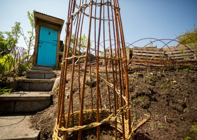 Treebog composting loo